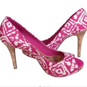 NWOT Christian Siriano pink and tan pumps